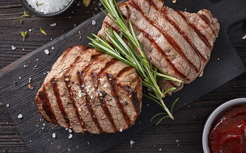 grilled-beef-steaks-D3L92ZW-min-1.jpg